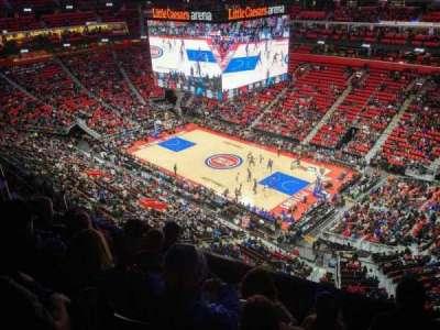 Little Caesars Arena, vak: 223, rij: 5, stoel: 11