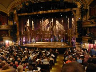 Richard Rodgers Theatre, vak: Orchestra, rij: P, stoel: 2