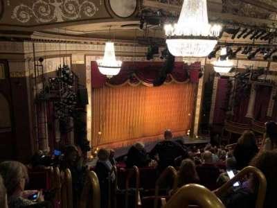 Imperial Theatre, vak: Rear Mezz, rij: F, stoel: 1