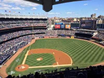 Yankee Stadium, vak: 417, rij: 12, stoel: 6