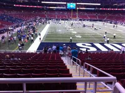 The Dome at America's Center, vak: 103, rij: U, stoel: 2