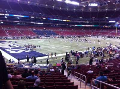 The Dome at America's Center, vak: 122, rij: U, stoel: 2