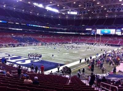The Dome at America's Center, vak: 124, rij: U, stoel: 2