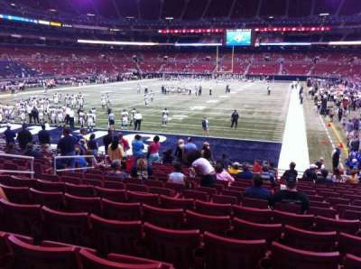 The Dome at America's Center, vak: 152, rij: Q, stoel: 12