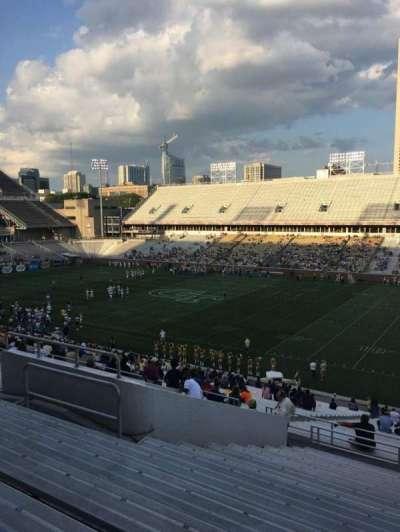 Bobby Dodd Stadium, vak: 102, rij: 44, stoel: 13