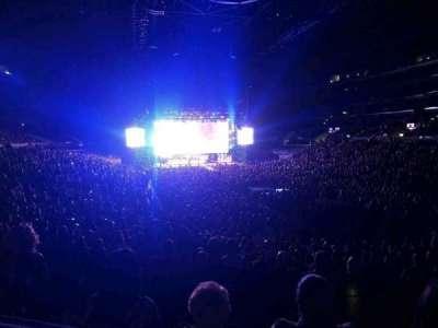 Staples Center, vak: 209, rij: 5, stoel: 5