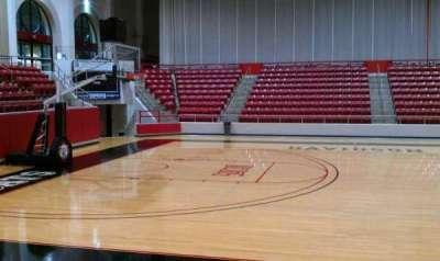 John M. Belk Arena, vak: 9, rij: D, stoel: 3
