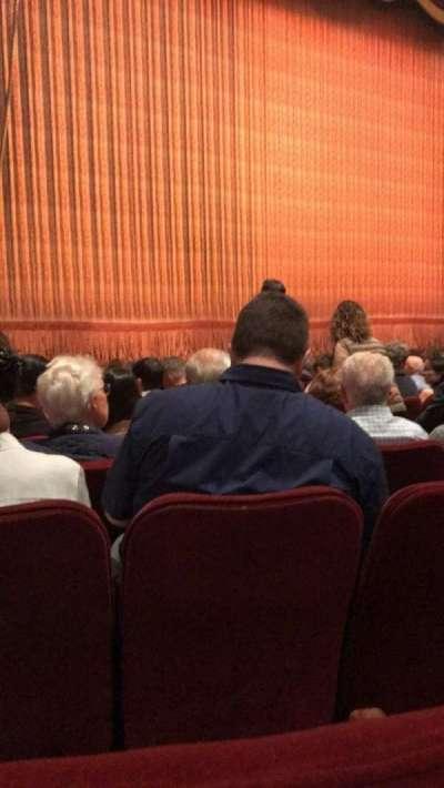 Imperial Theatre, vak: ORCH, rij: J, stoel: 11