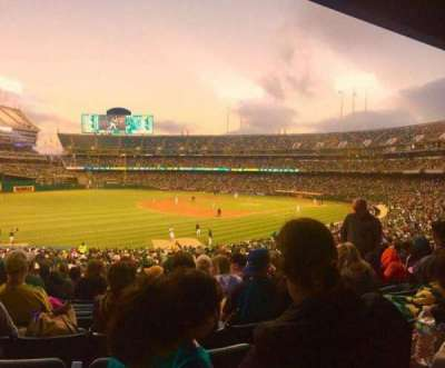 Oakland Alameda Coliseum, vak: 118, rij: 30, stoel: 16