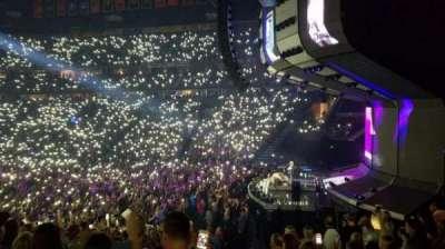Bridgestone Arena, vak: 107, rij: J, stoel: 4