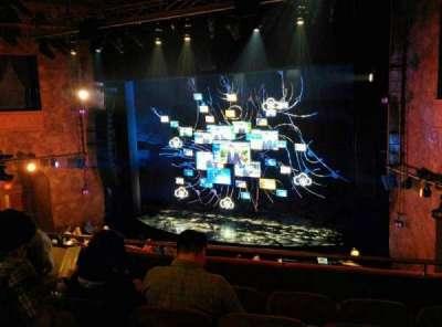 August Wilson Theatre, vak: Front Mezzanine Right, rij: E, stoel: 14