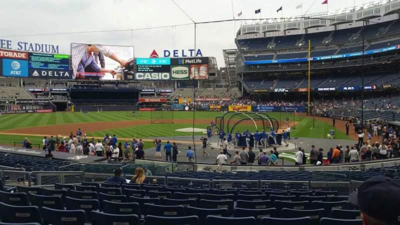 Yankee Stadium, vak: 121B, rij: 10, stoel: 5