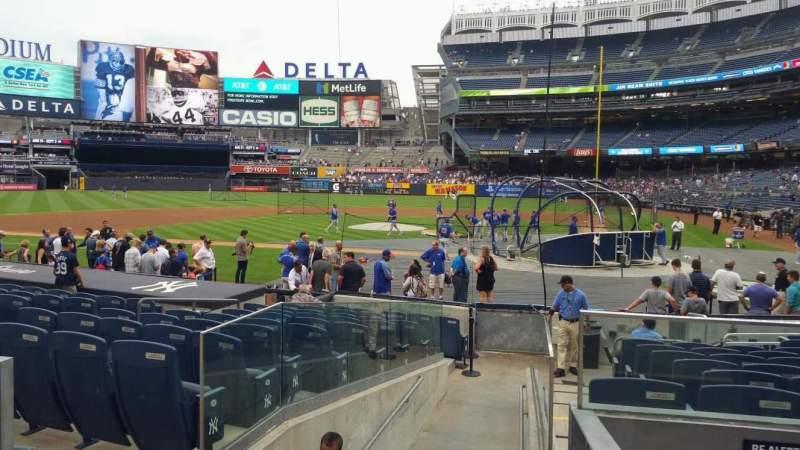 Yankee Stadium, vak: 122, rij: 3, stoel: 1