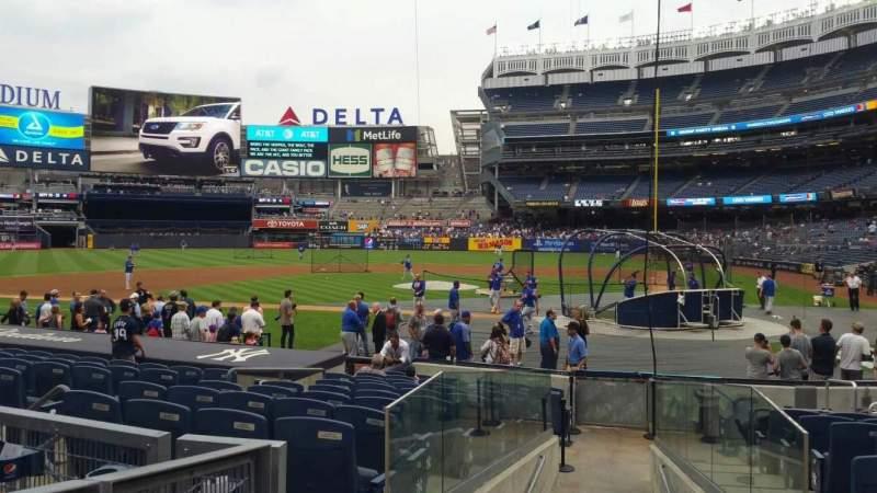 Yankee Stadium, vak: 122, rij: 3, stoel: 3