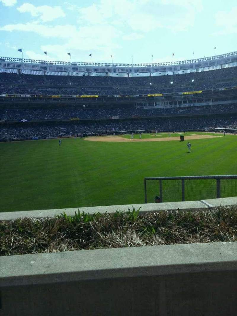 Yankee Stadium, vak: 237, rij: 1, stoel: 7