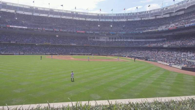 Yankee Stadium, vak: 236, rij: 2, stoel: 8