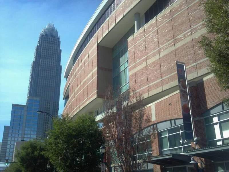 Uitzicht voor Spectrum Center Vak Street View