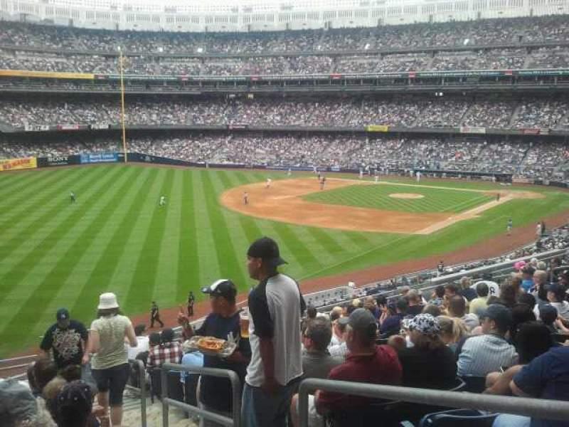 Yankee Stadium, vak: 231, rij: 13, stoel: 2