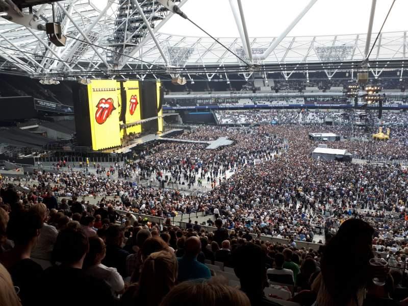 London Stadium, vak: 235, rij: 58, stoel: 469
