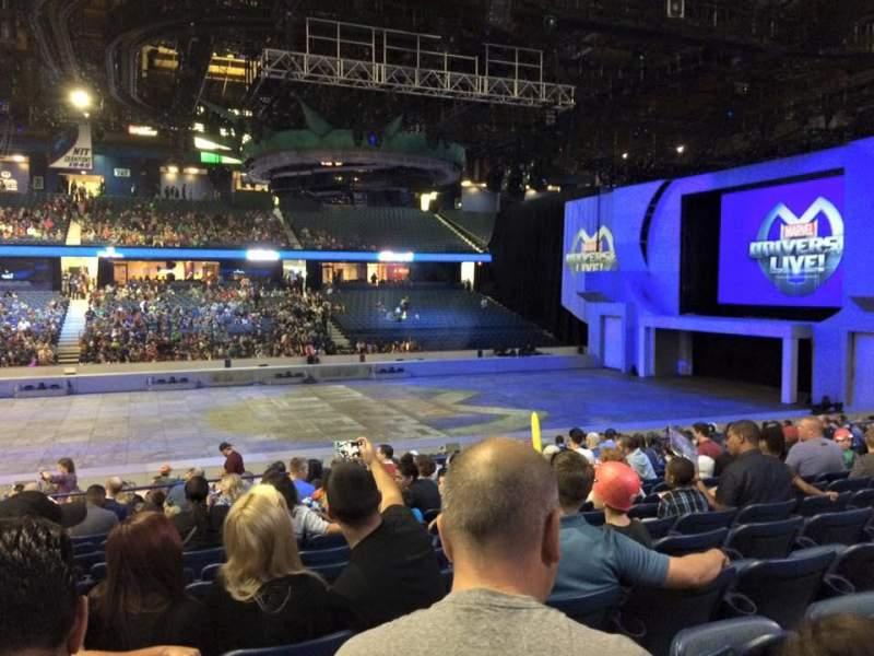 Uitzicht voor Allstate Arena Vak 111 Rij N Stoel 24