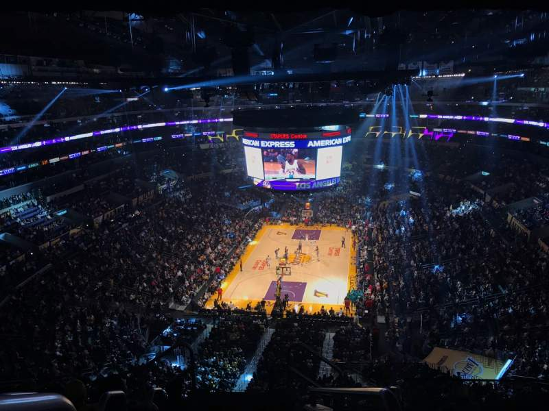Uitzicht voor Staples Center Vak 308 Rij 7 Stoel 26