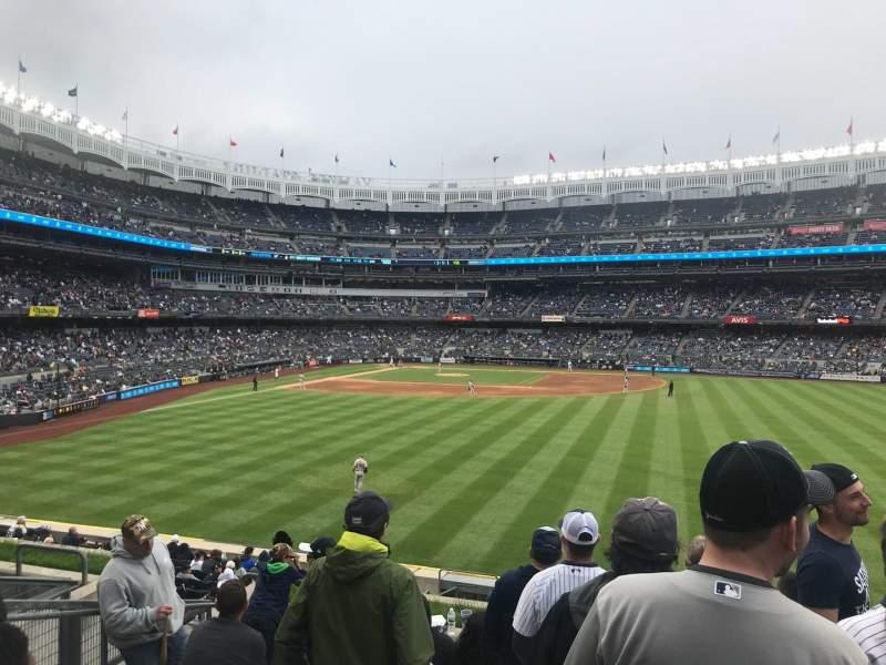 Yankee Stadium, vak: 203, rij: 8, stoel: 16