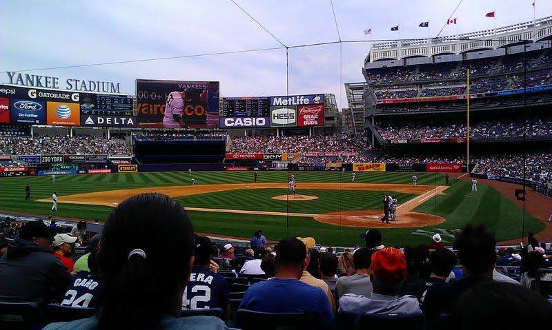 Yankee Stadium, vak: 121B, rij: 21, stoel: 4
