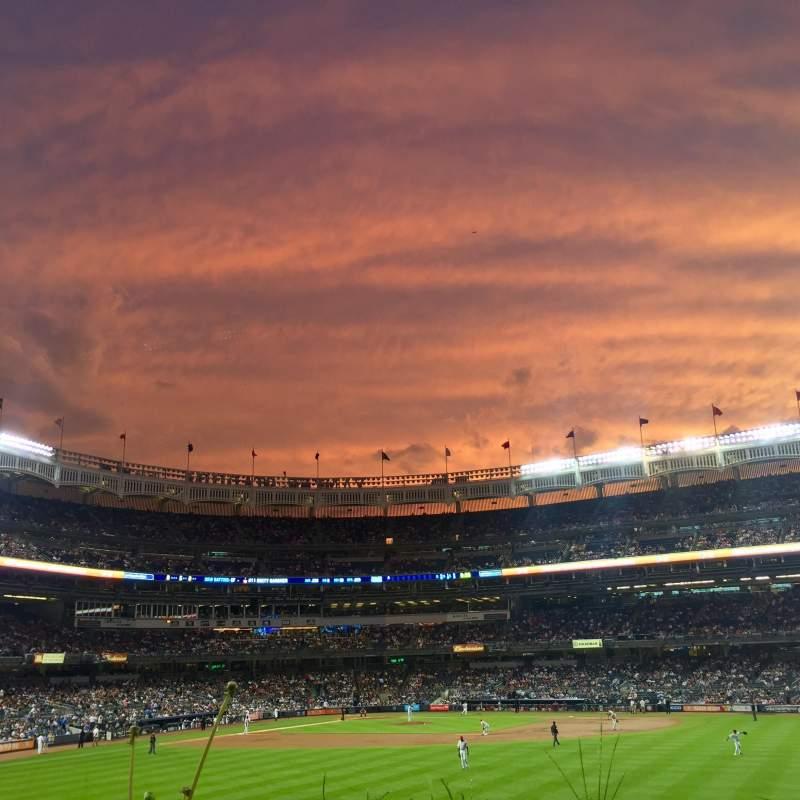 Yankee Stadium, vak: 202, rij: 1, stoel: 15