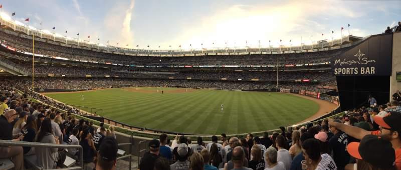 Yankee Stadium, vak: 203, rij: 8, stoel: 28