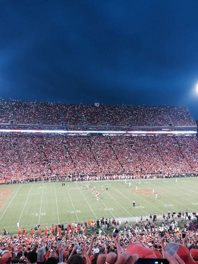 Uitzicht voor Memorial Stadium, Clemson Vak UM Rij O Stoel 13