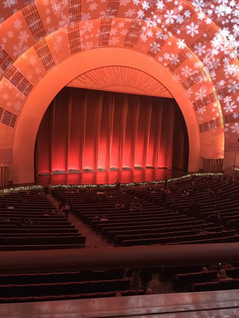 Uitzicht voor Radio City Music Hall Vak 1st mezzanine 6 Rij A Stoel 611