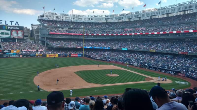 Yankee Stadium, vak: 226, rij: 13, stoel: 15