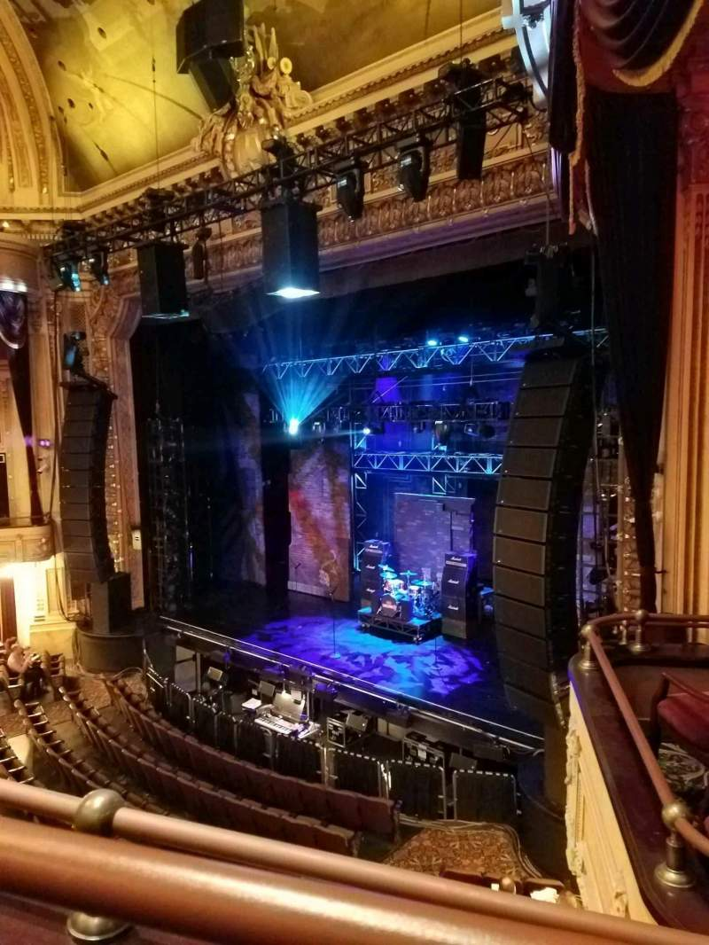 Hippodrome Theatre, vak: RIGHT GRAND SUITE, rij: B, stoel: 230