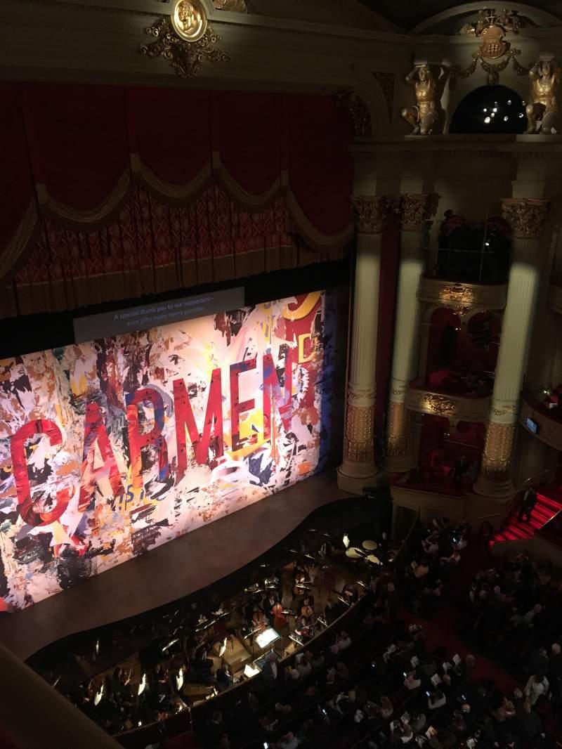 Academy of Music, vak: Amphitheater H, rij: A, stoel: 37