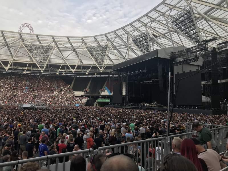 London Stadium, vak: 110, rij: 11, stoel: 263