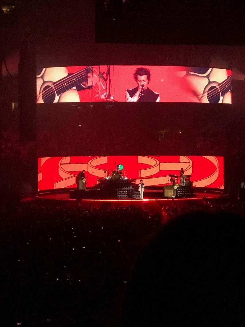 Madison Square Garden, vak: 101, rij: 16, stoel: 16