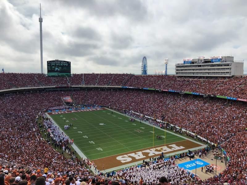 Uitzicht voor Cotton Bowl Vak 120 Rij 32 Stoel 7