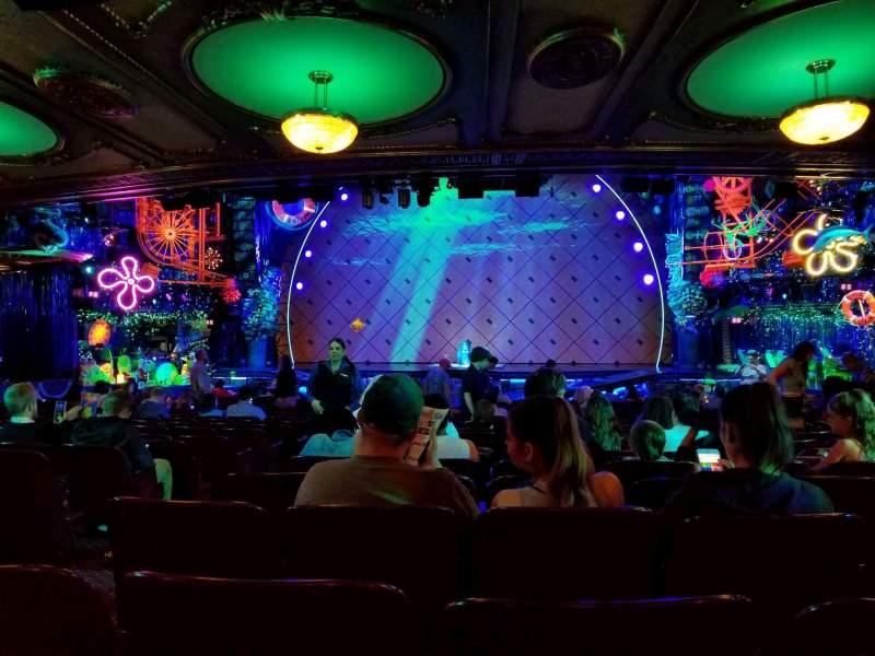 Palace Theatre (Broadway), vak: Orchestra, rij: X, stoel: 106