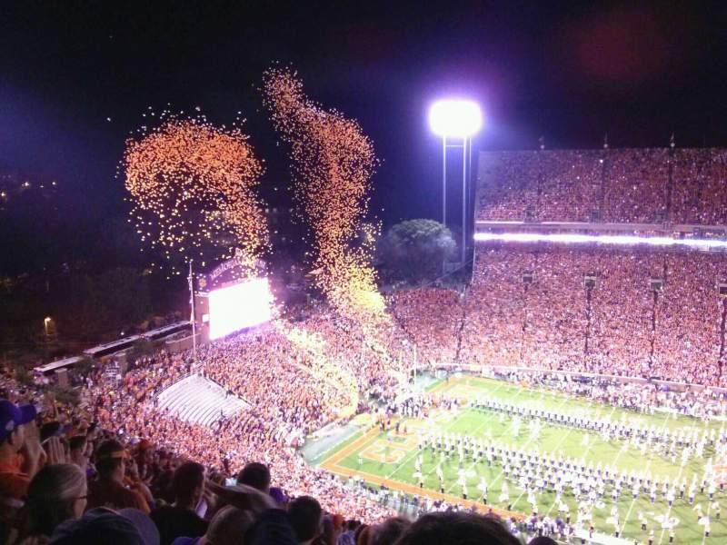 Memorial Stadium, Clemson, vak: TDO, rij: T, stoel: 19