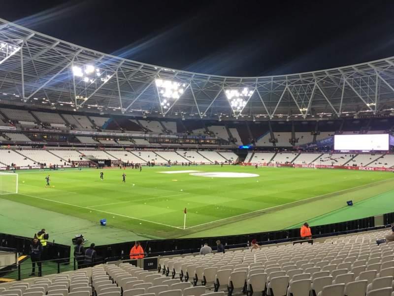 London Stadium, vak: 130, rij: 25