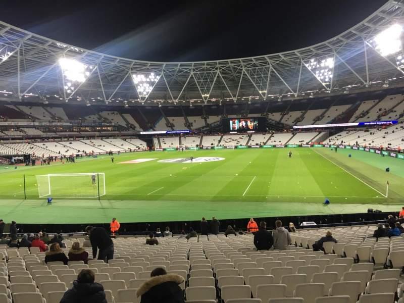London Stadium, vak: 126, rij: 22