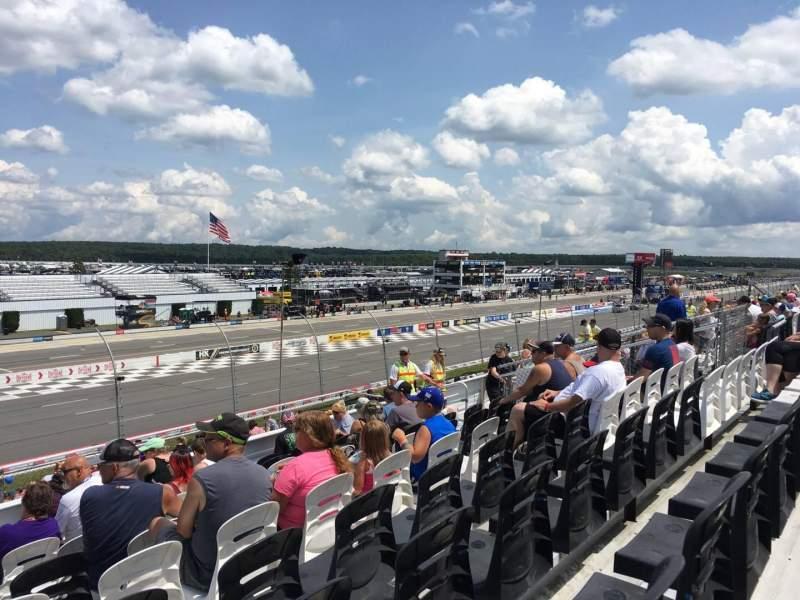 Pocono Raceway, vak: 239, rij: 27, stoel: 16