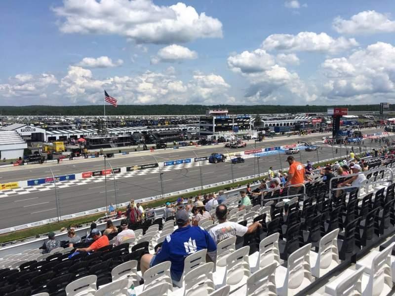 Pocono Raceway, vak: 235, rij: 36, stoel: 14