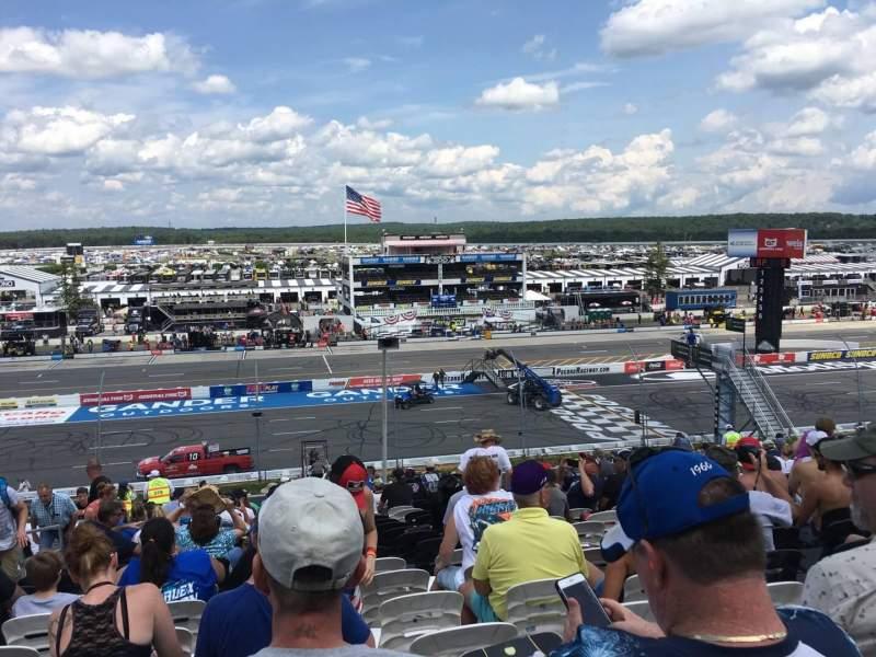 Pocono Raceway, vak: 227, rij: 38, stoel: 19