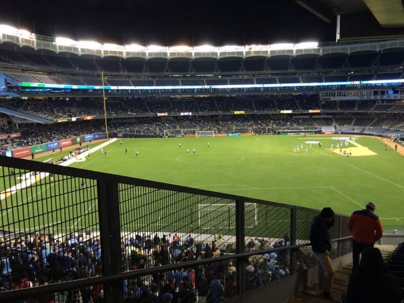 Yankee Stadium, vak: 234, rij: 19, stoel: 41
