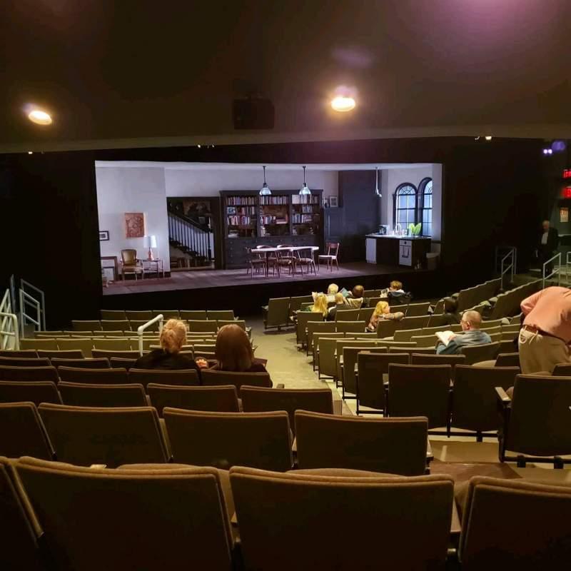 Uitzicht voor Laura Pels Theatre Vak Orch Rij Q Stoel 5