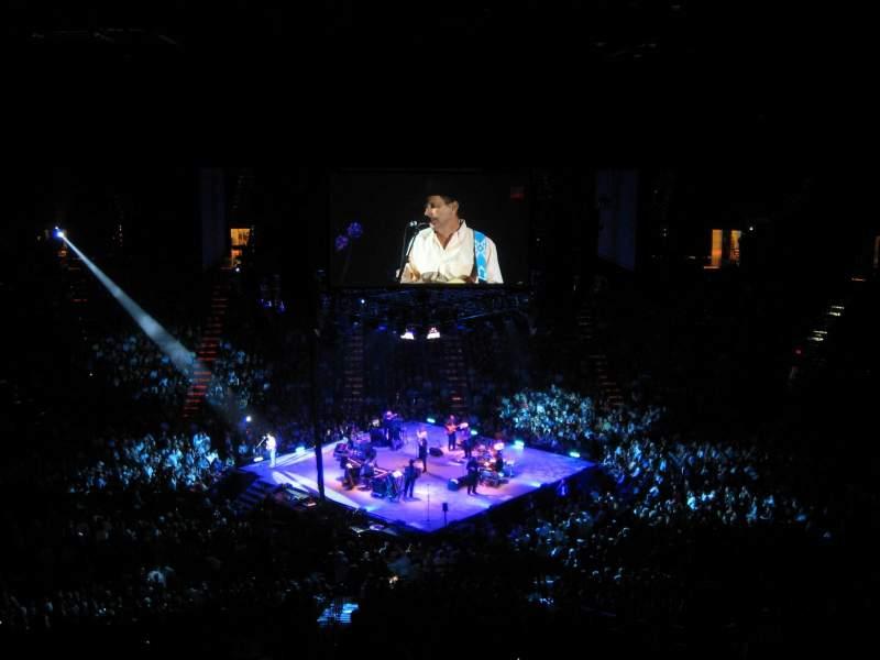 MGM Grand Garden Arena, vak: U213, rij: L, stoel: 10