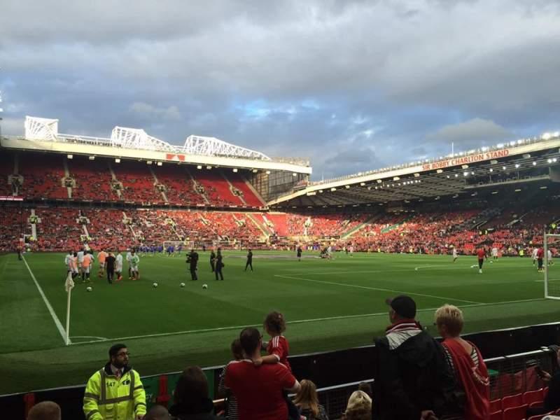 Old Trafford, vak: 101, rij: JJ, stoel: 180