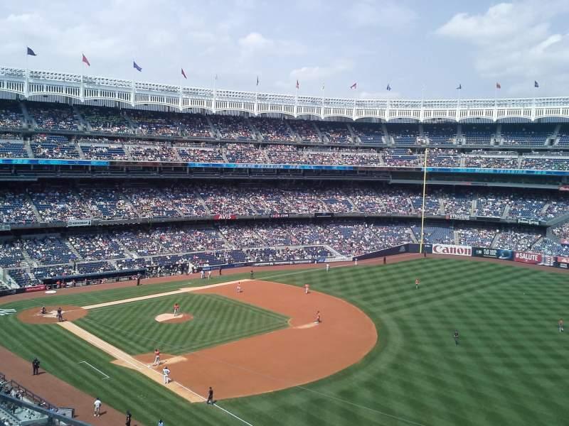 Yankee Stadium, vak: 311, rij: 2, stoel: 3