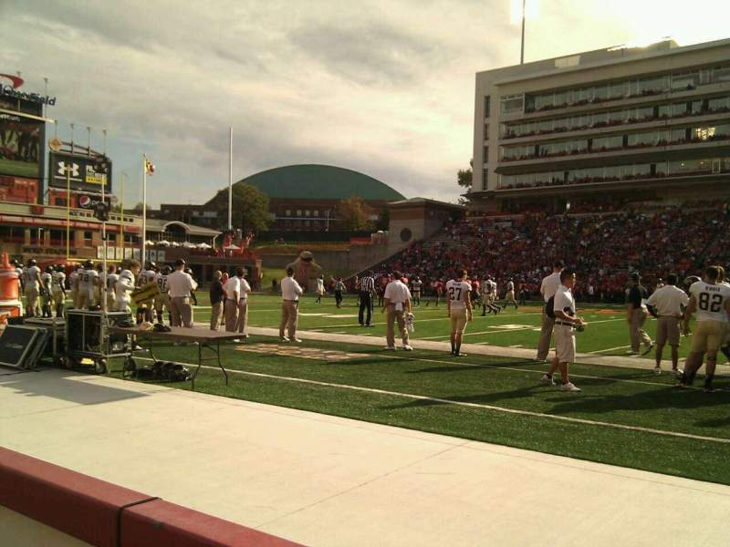 Maryland Stadium, vak: 6, rij: a, stoel: 16